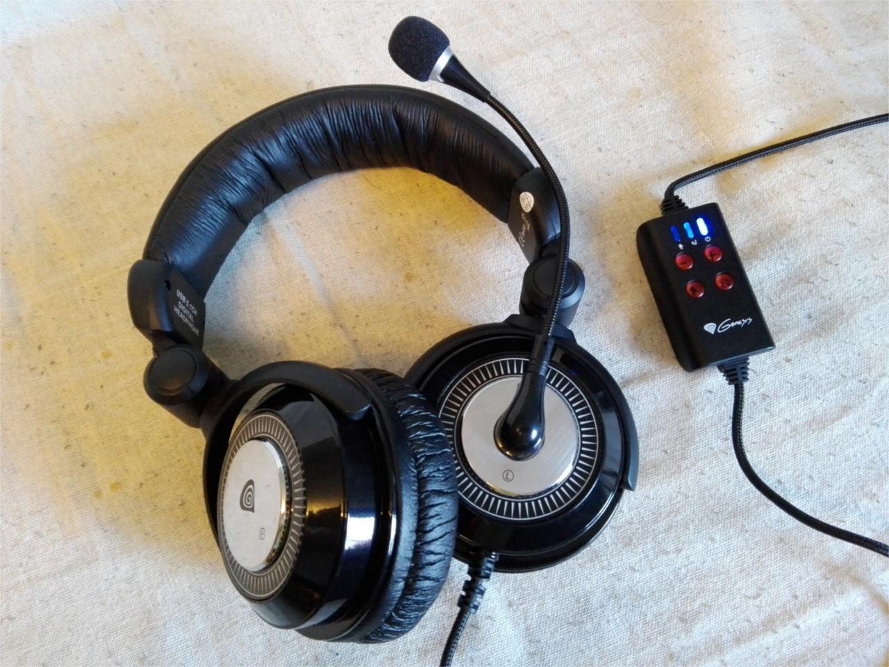 Külső és belső  A HX77 nem mondható hivalkodónak. Az egész eszköz fekete 4288a986eb